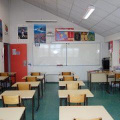 Lycée de Navarre - Salle lv espagnol - 1